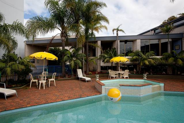 Palm Court Motor Inn - New South Wales Tourism