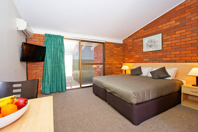 Plains Motor Inn - New South Wales Tourism