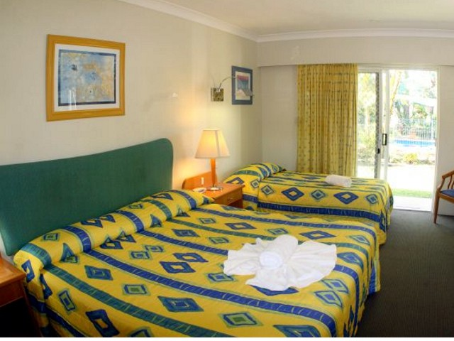 Yamba Aston Motel - New South Wales Tourism