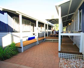 Blue Reef Backpackers - New South Wales Tourism