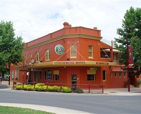 The Commercial Hotel Tumut - New South Wales Tourism
