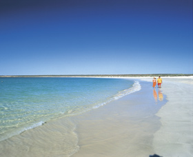 Gnaraloo - New South Wales Tourism