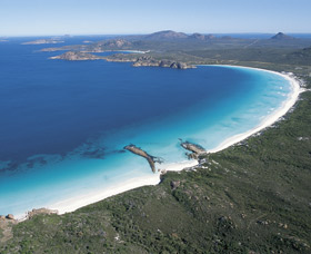 Lucky Bay - New South Wales Tourism