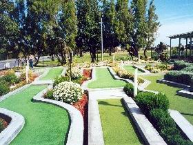 West Beach Mini Golf - New South Wales Tourism