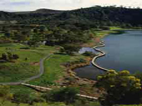 Mount Gambier Crater Lakes - New South Wales Tourism