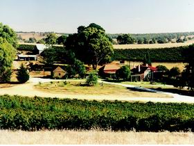 Irvine Wines - New South Wales Tourism