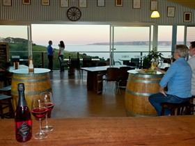 Dudley Cellar Door - New South Wales Tourism