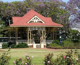 Gympie Memorial Park - New South Wales Tourism