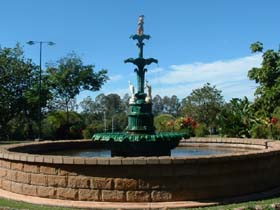 Band Rotunda and Fairy Fountain - New South Wales Tourism