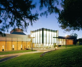 Bendigo Art Gallery - New South Wales Tourism