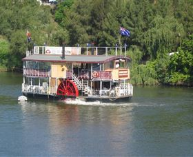 Hawkesbury Paddlewheeler - New South Wales Tourism