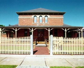 Wentworth Courthouse - New South Wales Tourism