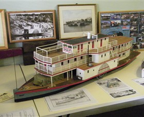 Wentworth Model Paddlesteamer Display - New South Wales Tourism