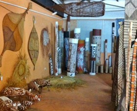 Maningrida Arts and Culture - New South Wales Tourism