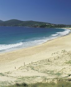 One Mile Beach - New South Wales Tourism