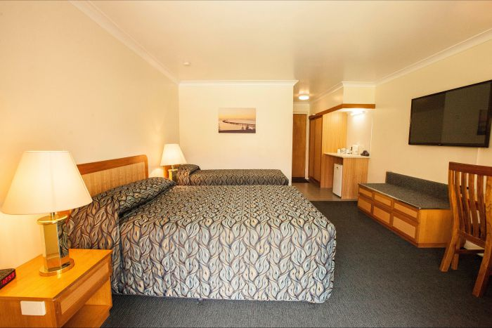 Comfort Inn Bay of Isles - New South Wales Tourism
