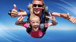 Skydive Oz Canberra - New South Wales Tourism