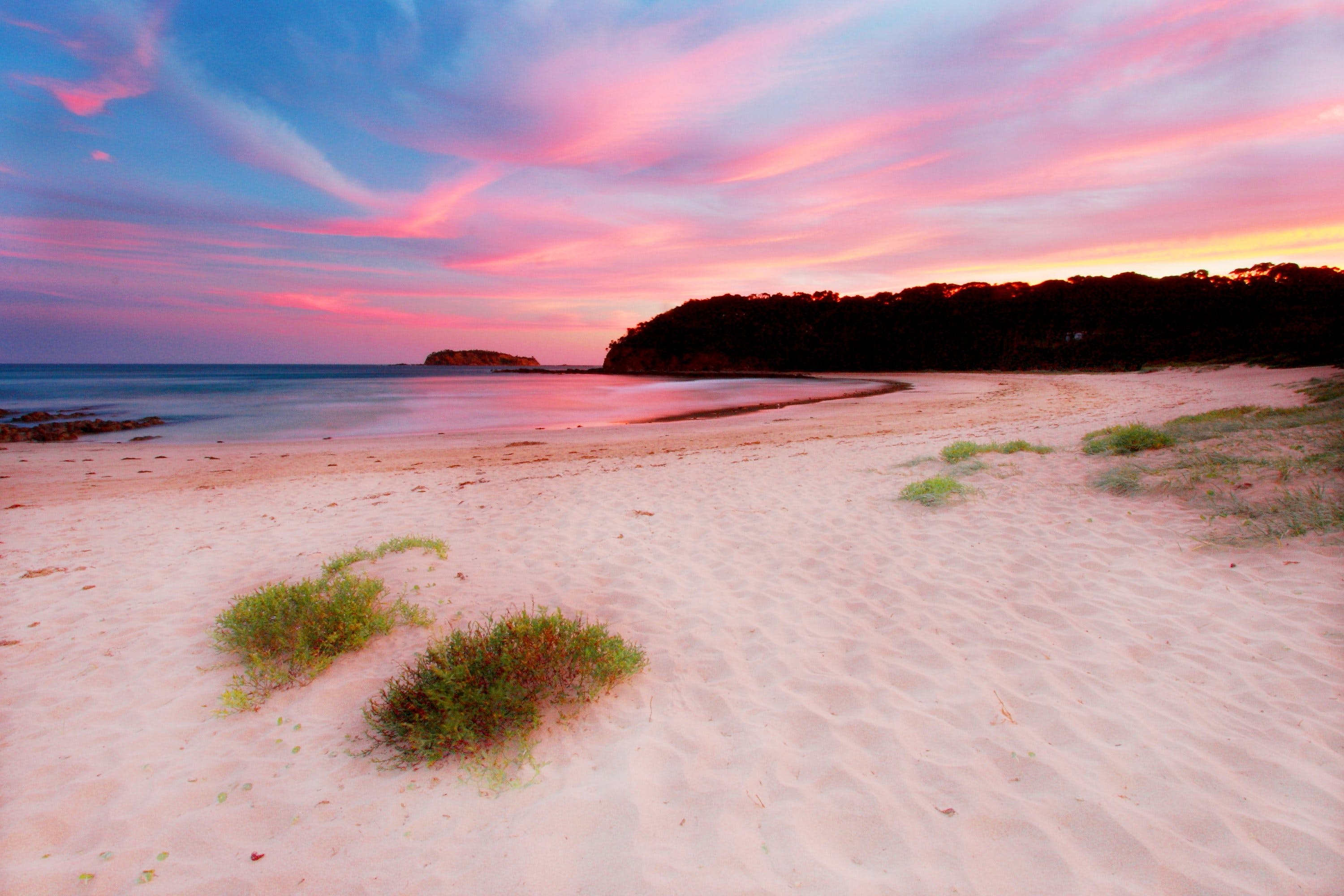 McKenzies Beach - New South Wales Tourism