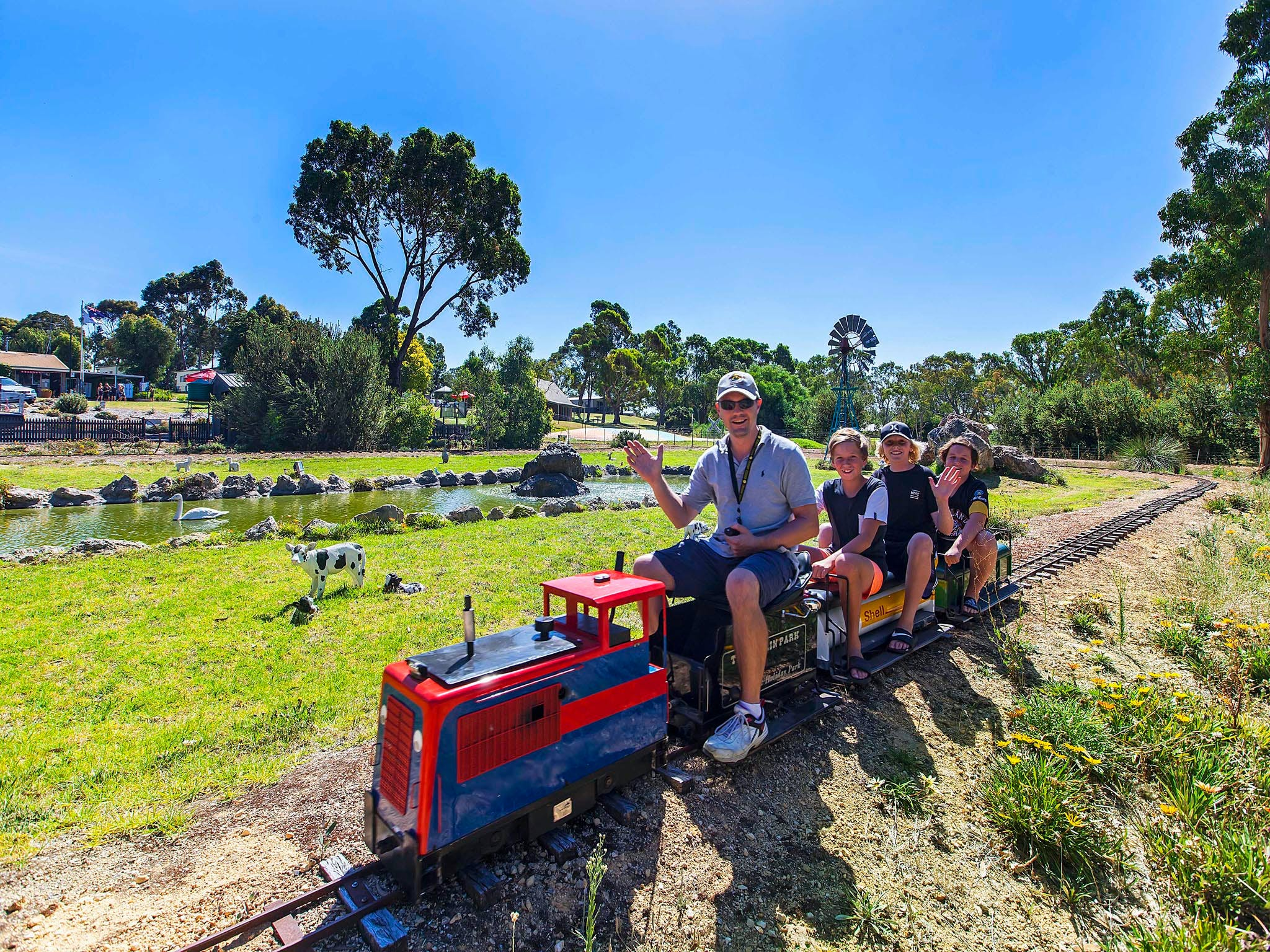 Naracoorte Mini Golf - New South Wales Tourism