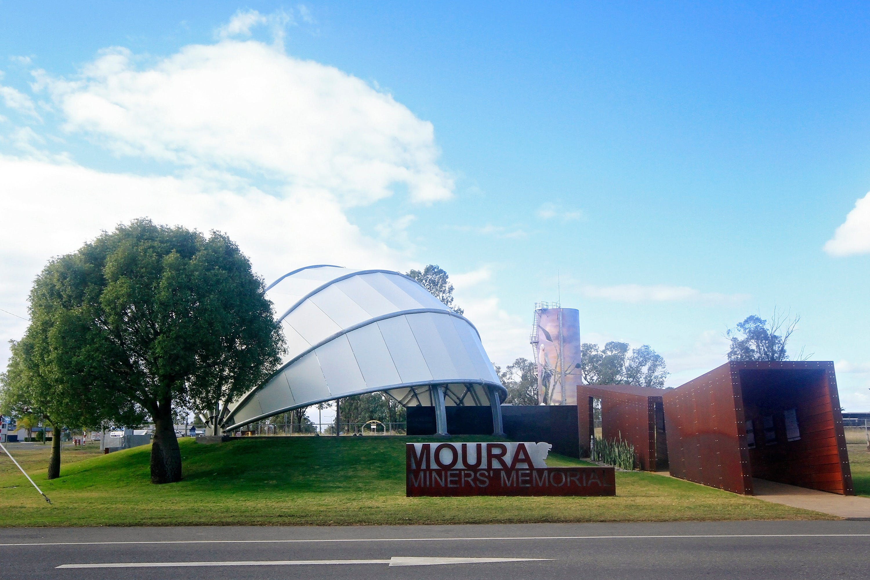 Moura - New South Wales Tourism