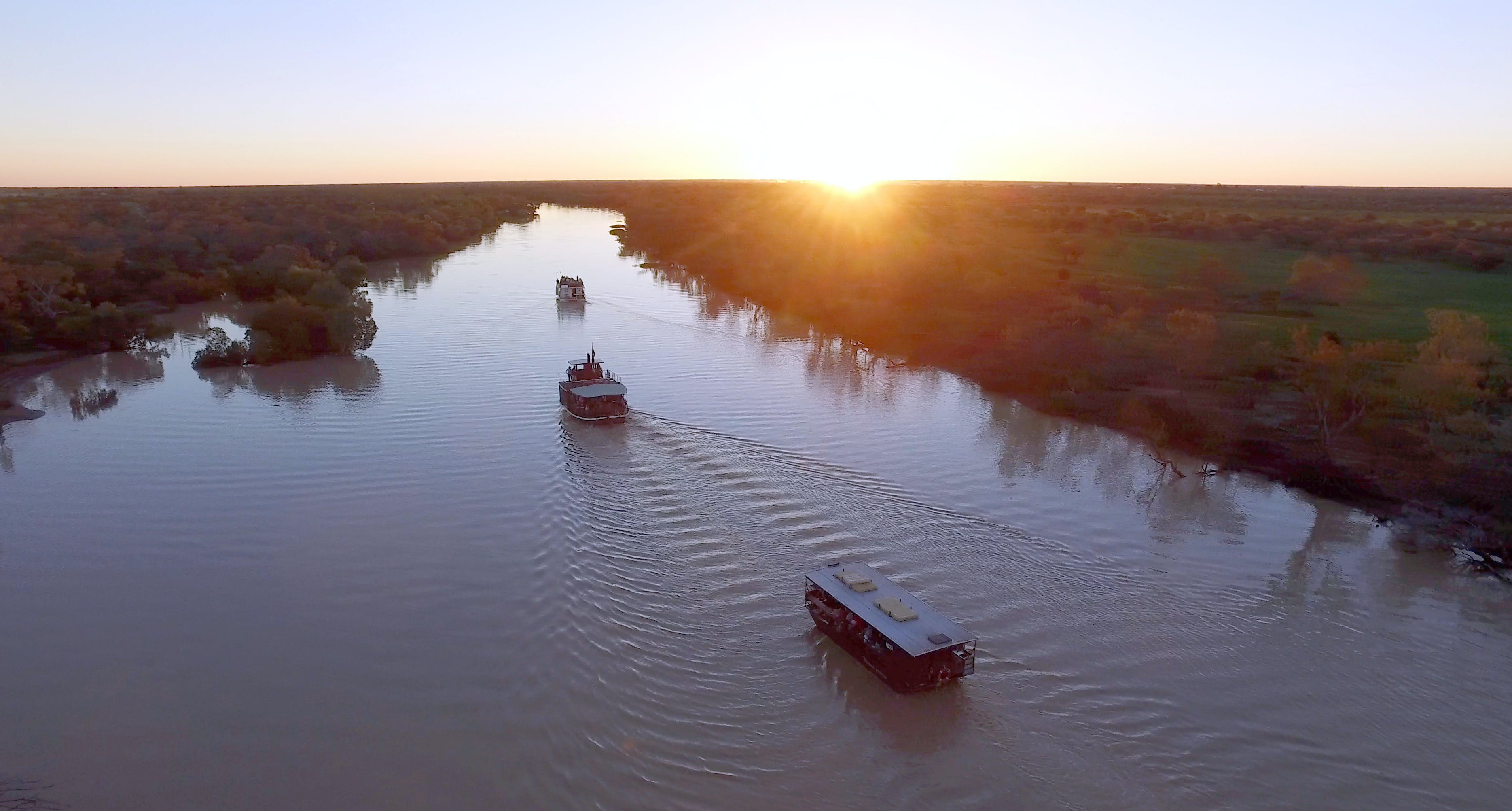 Thomson River Longreach - New South Wales Tourism