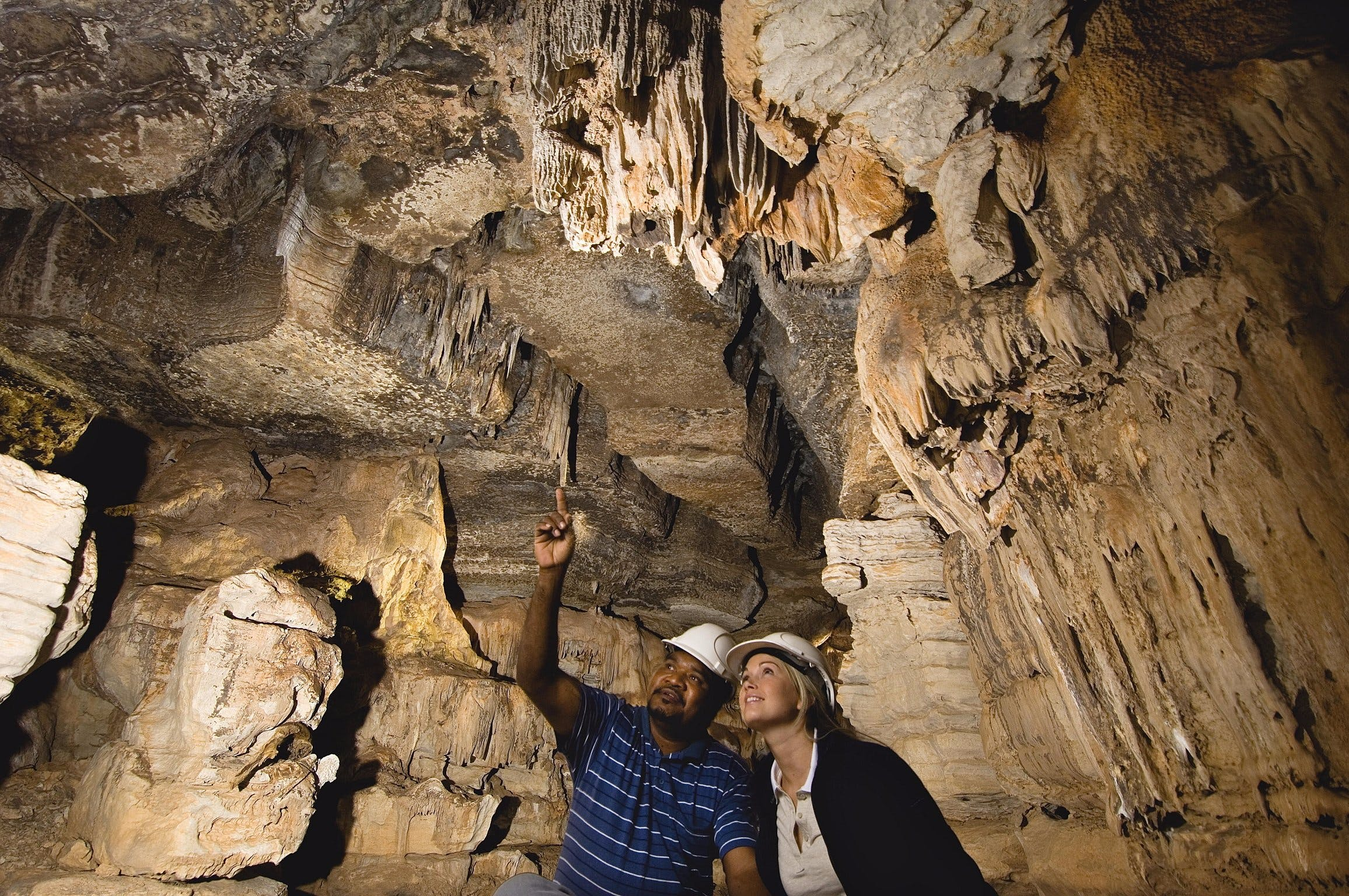 Mimbi Caves - New South Wales Tourism