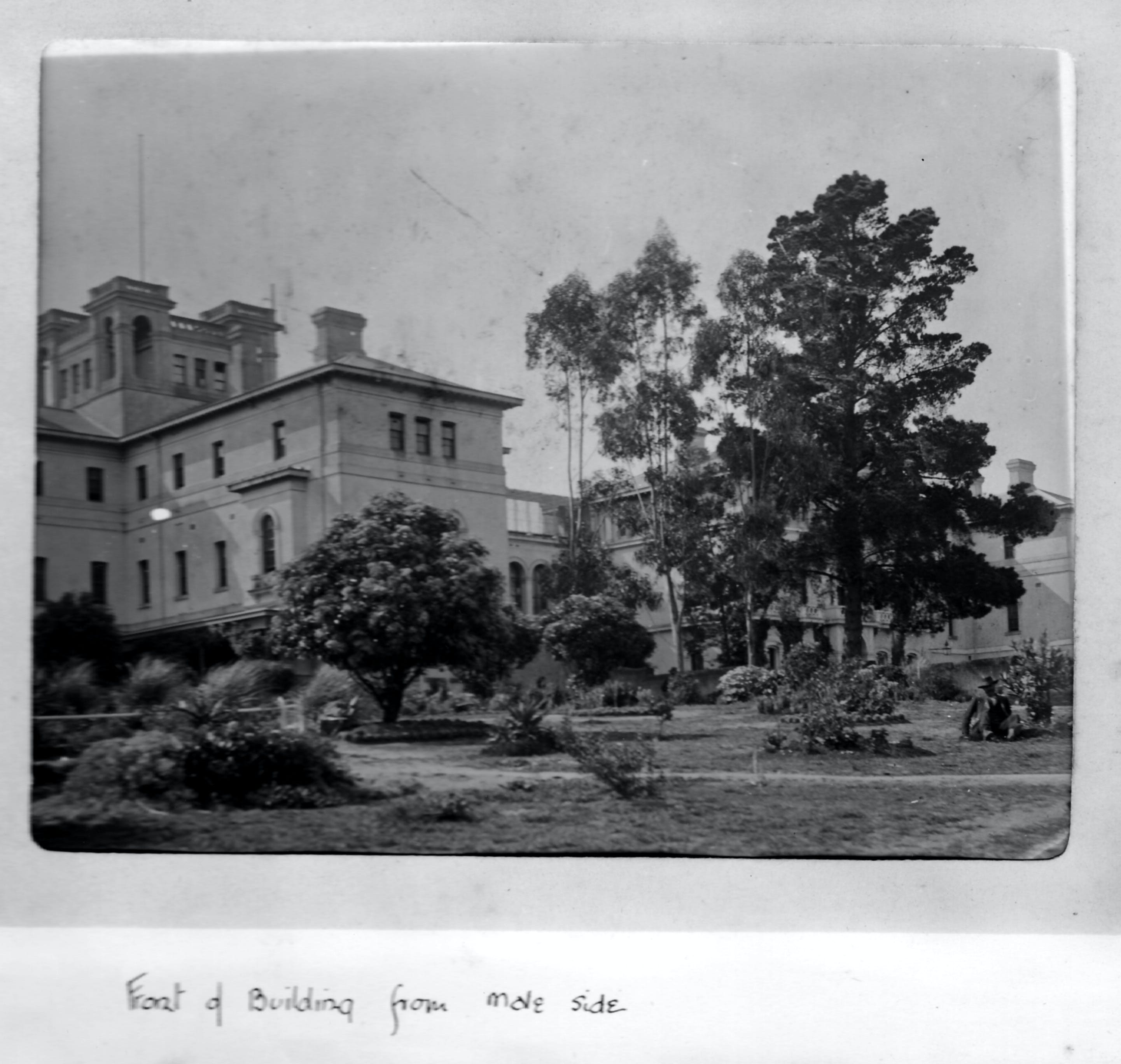 Aradale Lunatic Asylum - New South Wales Tourism