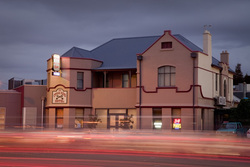 Cross Keys Hotel - New South Wales Tourism
