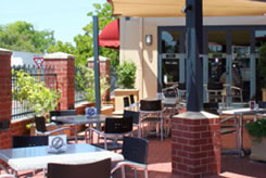 Belmont Tavern - New South Wales Tourism