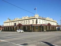 Soden's Australia Hotel - New South Wales Tourism