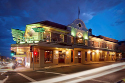 Town Hall Hotel - New South Wales Tourism