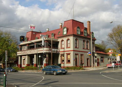 The Grand Hotel Healesville - New South Wales Tourism