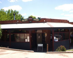 The Oak Tree Tavern - New South Wales Tourism