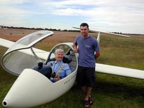 Waikerie Gliding Club - New South Wales Tourism