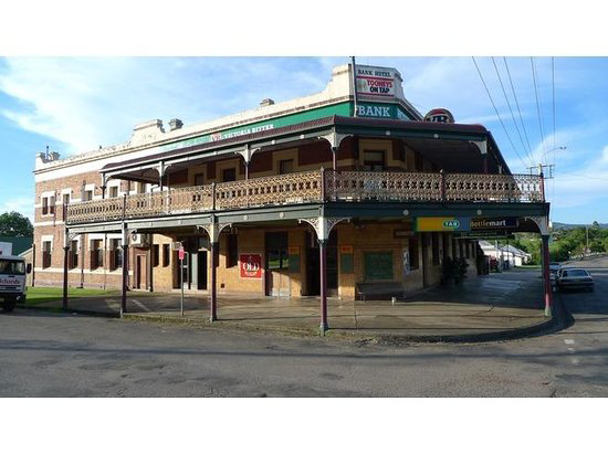 Bank Hotel Dungog - New South Wales Tourism