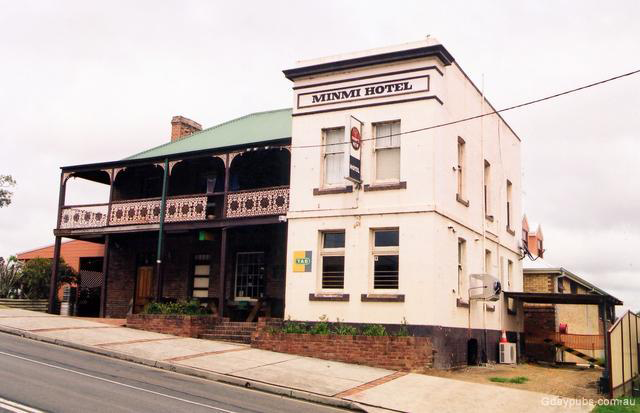 Minmi Hotel - New South Wales Tourism