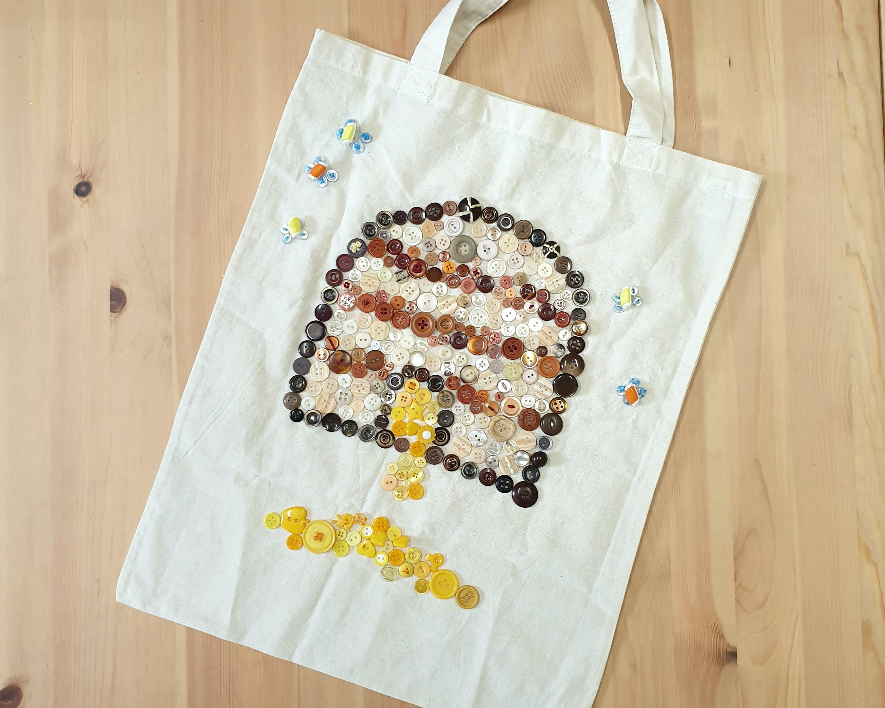 Create a Button Tote - New South Wales Tourism