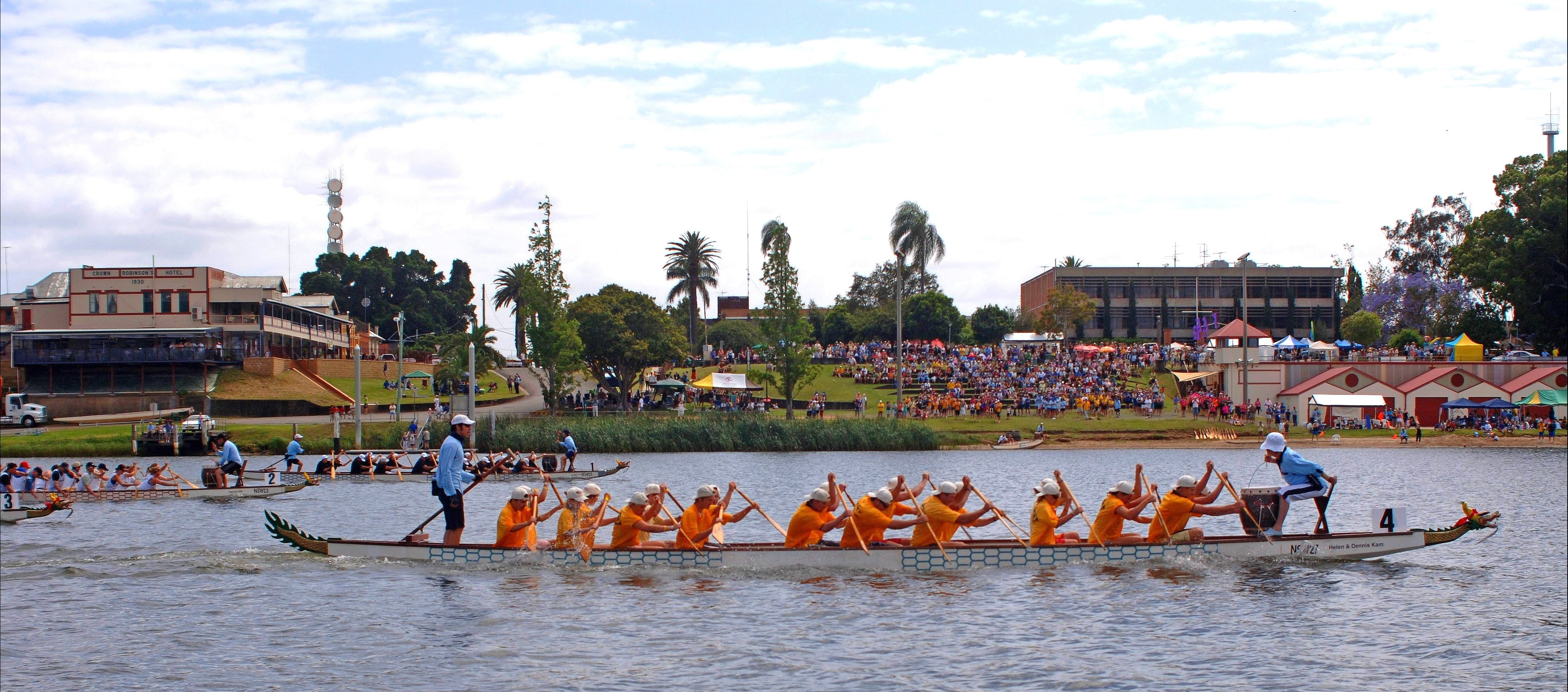 Jacaranda Dragon Boat Races - New South Wales Tourism