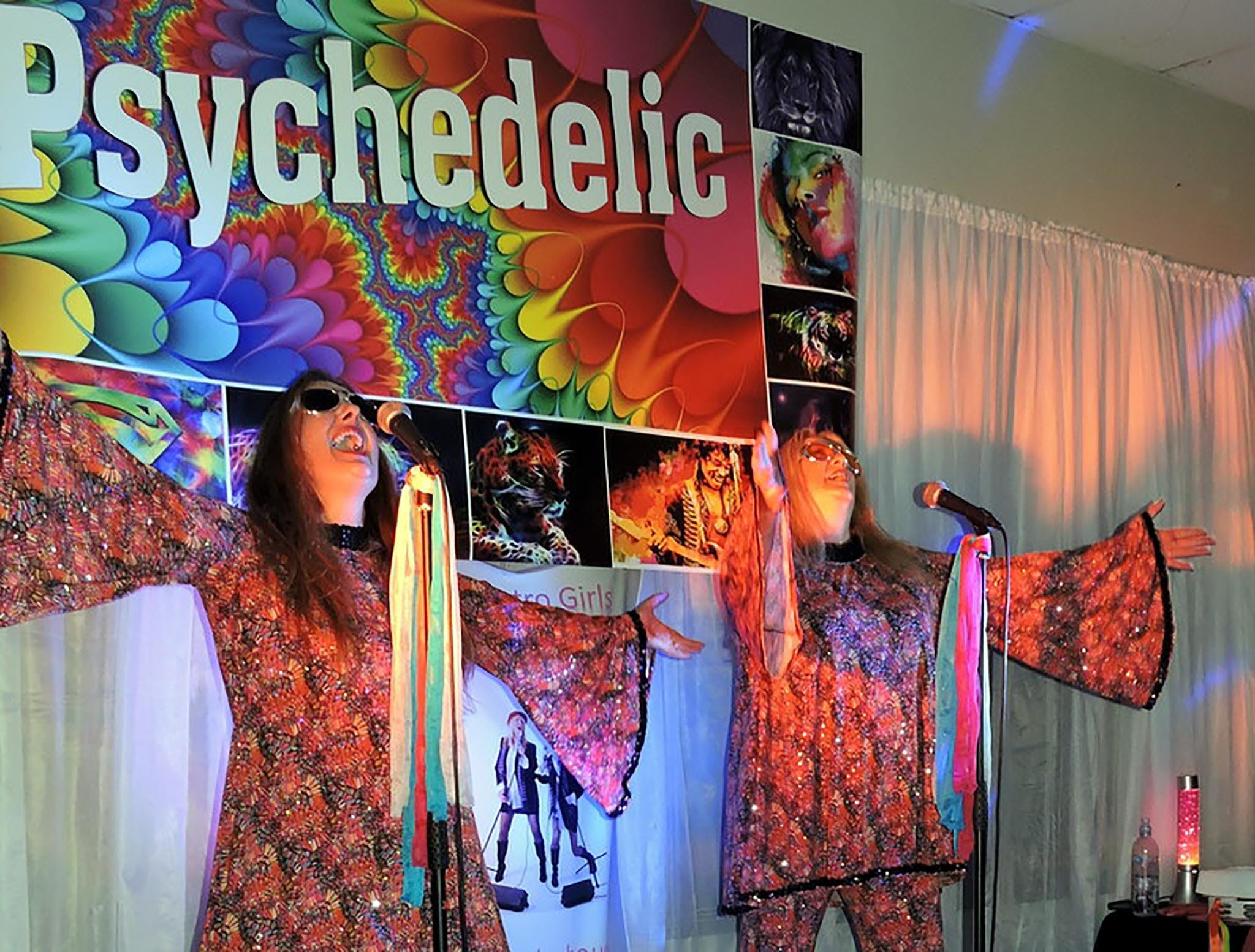 Psychedelic 70s Show The Retro Girls - New South Wales Tourism