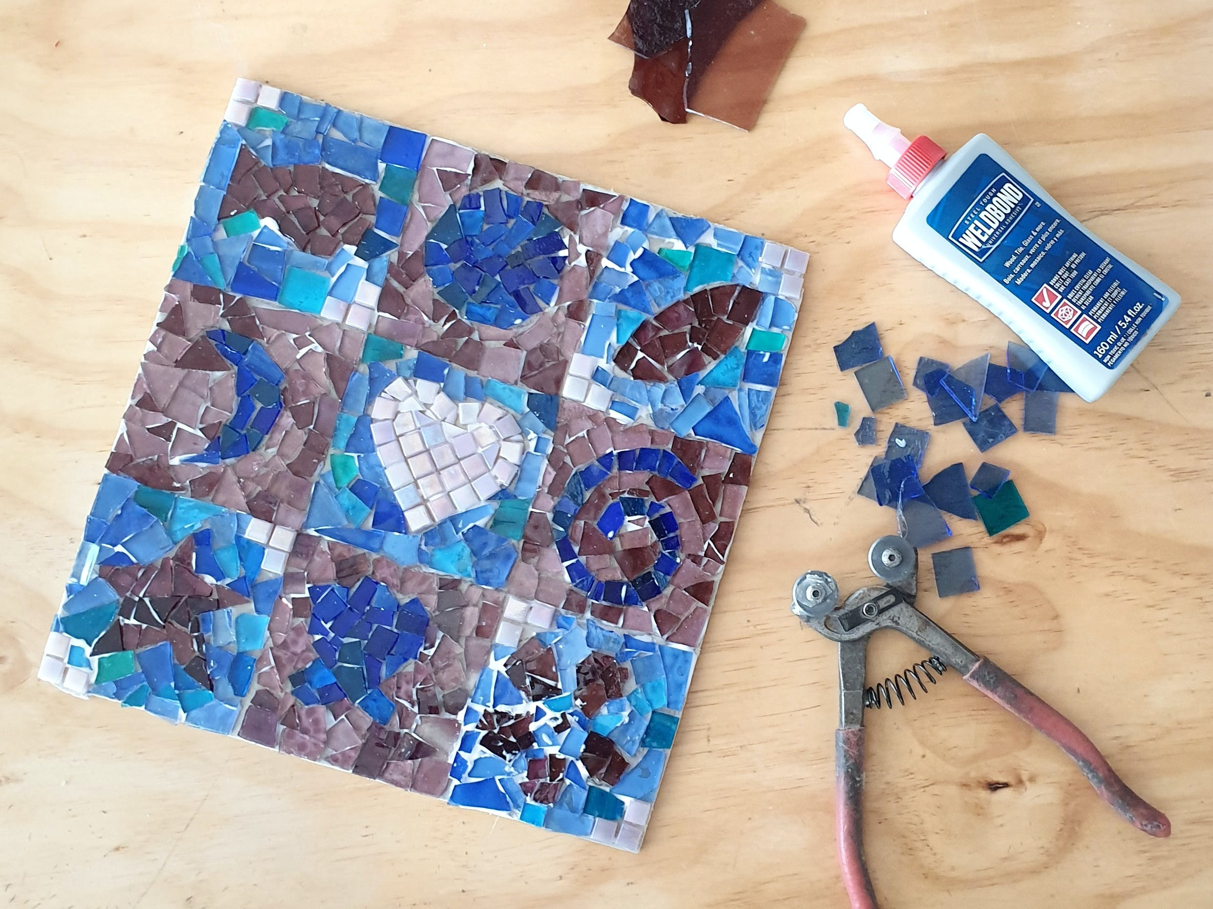 Intro to Mosaics Weekend with Leadlight By Ettore - New South Wales Tourism
