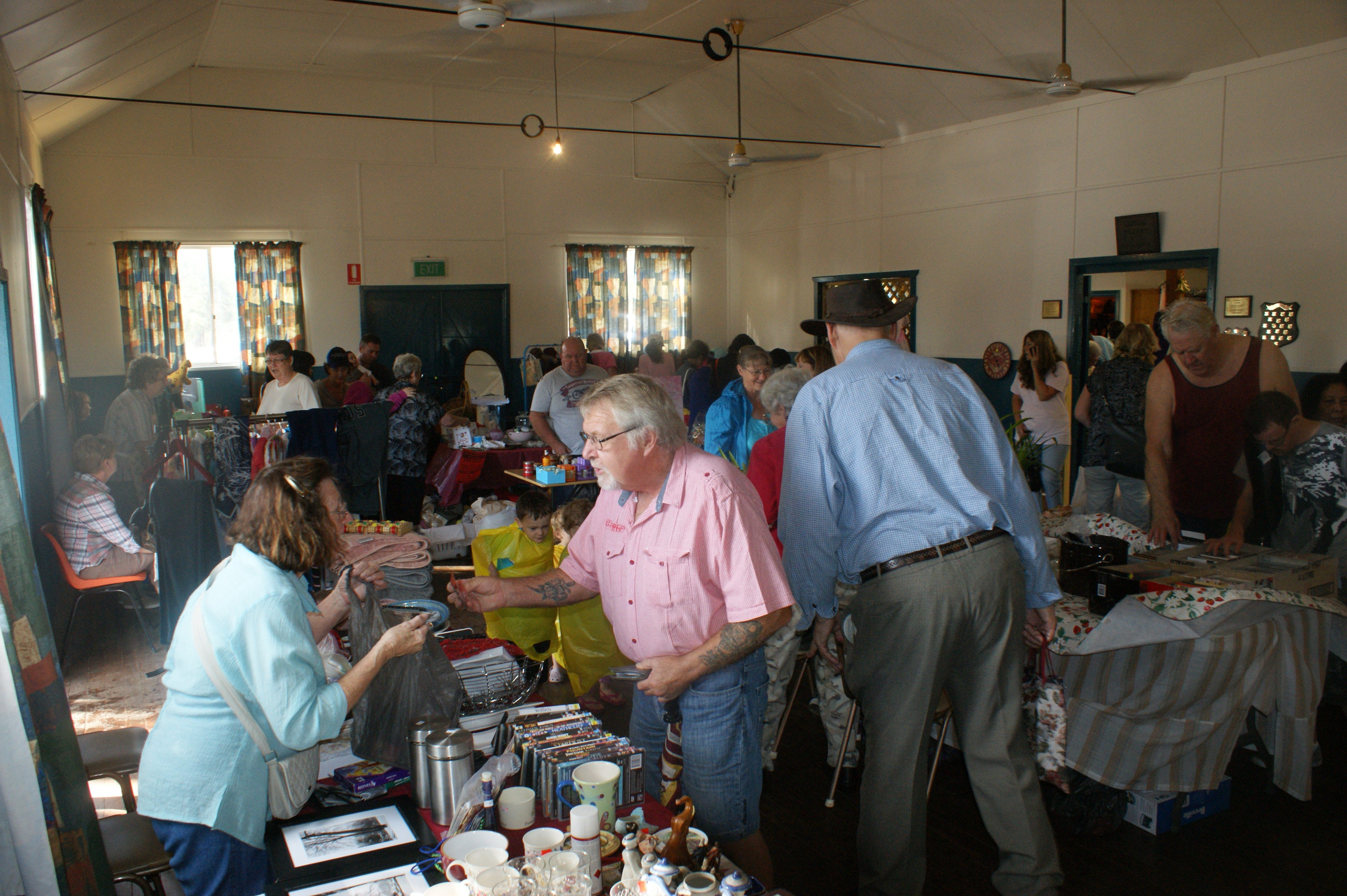 Twilight Markets at East Kurrajong - New South Wales Tourism