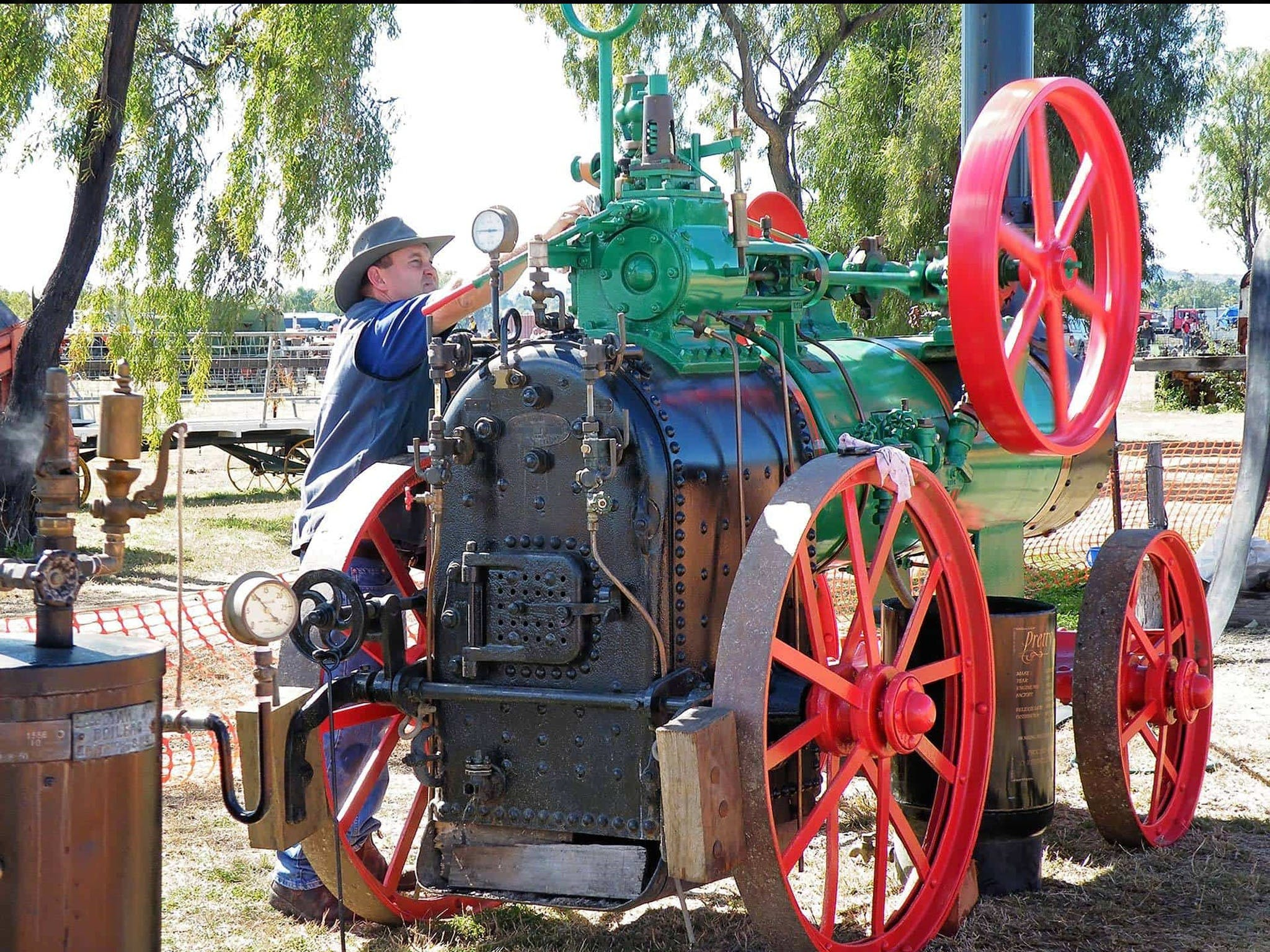 9th Biennial Queensland Heritage Rally - New South Wales Tourism