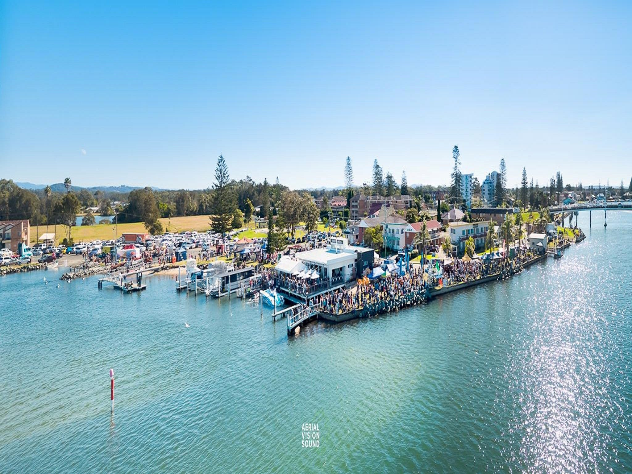 Fred Williams Aquatic Festival - New South Wales Tourism