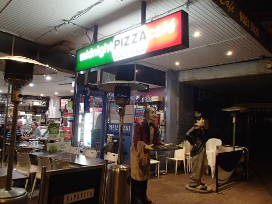 Midnight Pizza Cafe - New South Wales Tourism