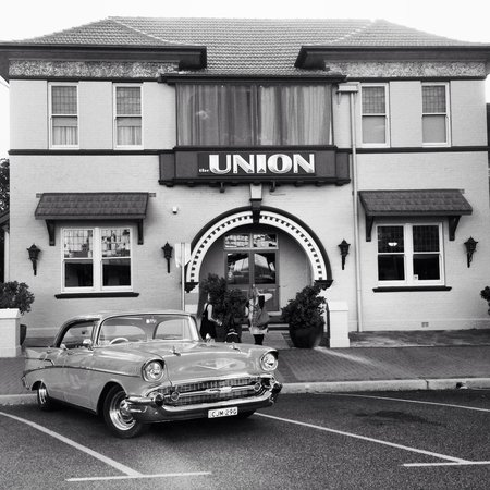 The Union Bar Inverell - New South Wales Tourism