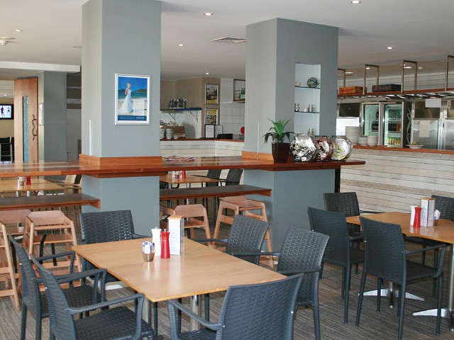 Sandyfoot Caf and Bar - New South Wales Tourism