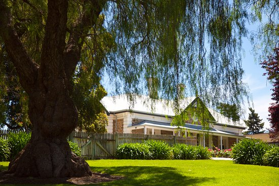 Saltram Cellar Door - New South Wales Tourism