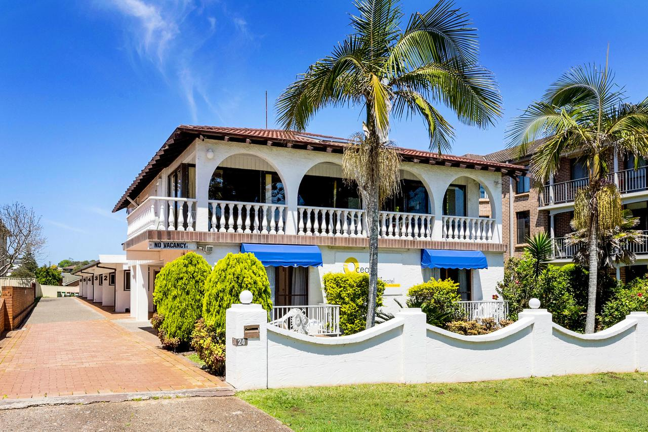 OCEAN BREEZE MOTEL - New South Wales Tourism