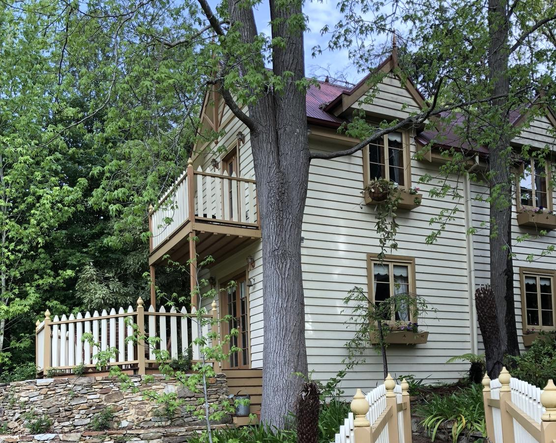 Aldgate Creek Cottage Bed and Breakfast