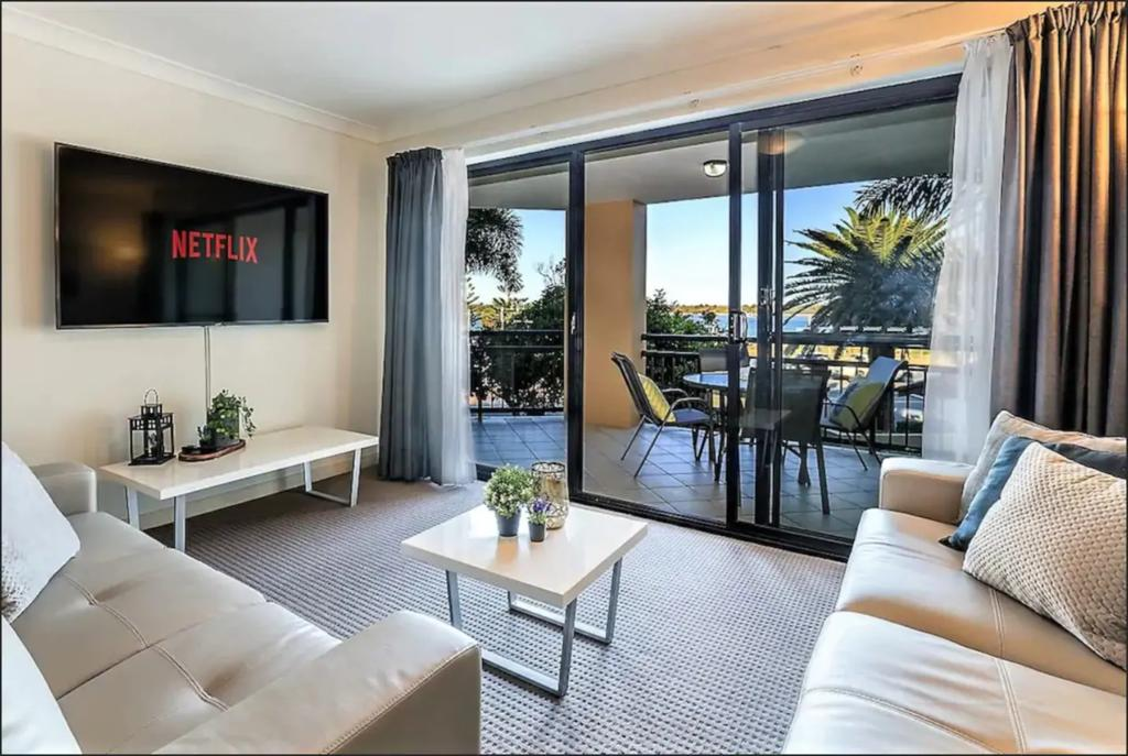 Gold Coast Apartment At Sandcastles On Broadwater - New South Wales Tourism